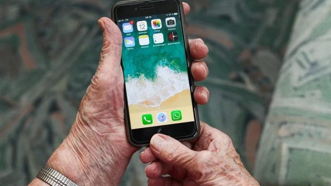 Seniorenhandy – darauf sollten Sie achten!