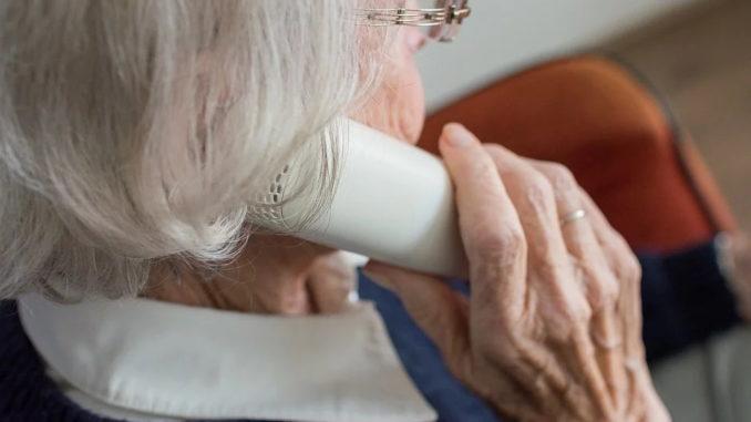 Vorsicht vor dem Enkeltrick: Wie Senioren sich schützen können