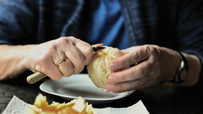 Auch im höheren Alter auf die Ernährung achten