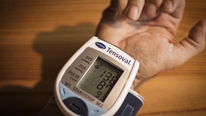 Wie hoch steigt der Blutdruck bei Angst?