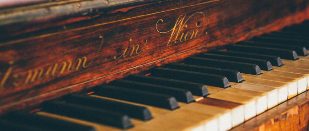 Kann man mit 60 noch Klavier spielen lernen?